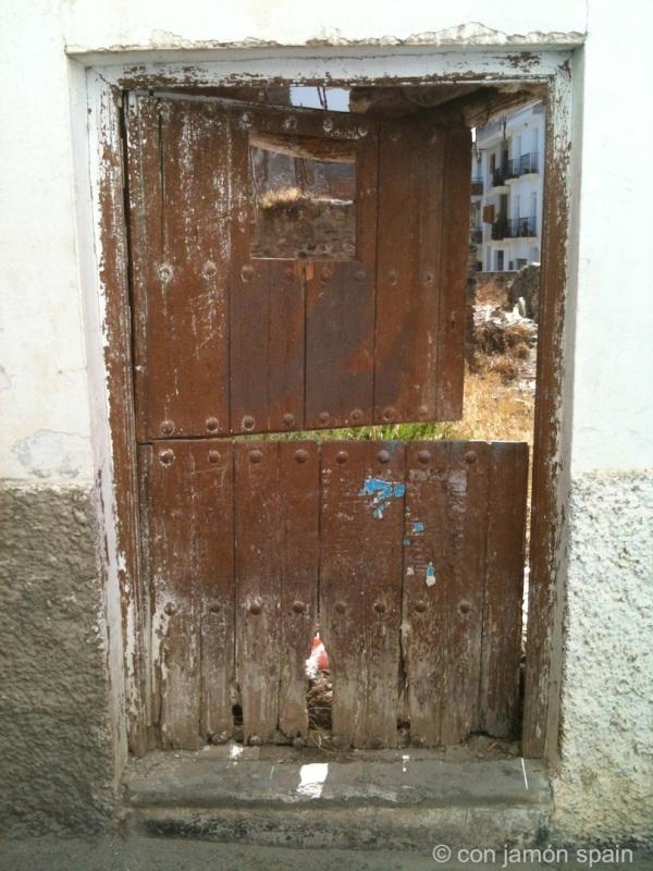 Old door in Órgiva