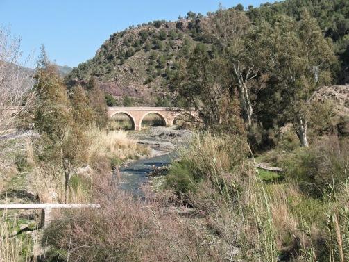 Puente de los Siete Ojos
