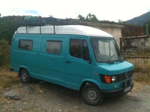 blue_van