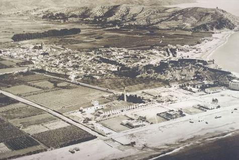 almuñécar_beach_1950s