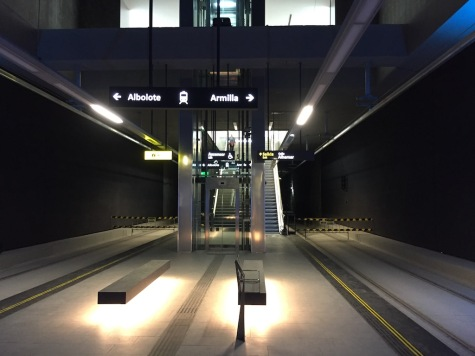 granada_metro_platform